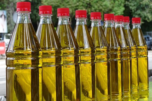 Las dudas sobre la próxima producción vuelve a disparar los precios del aceite de oliva